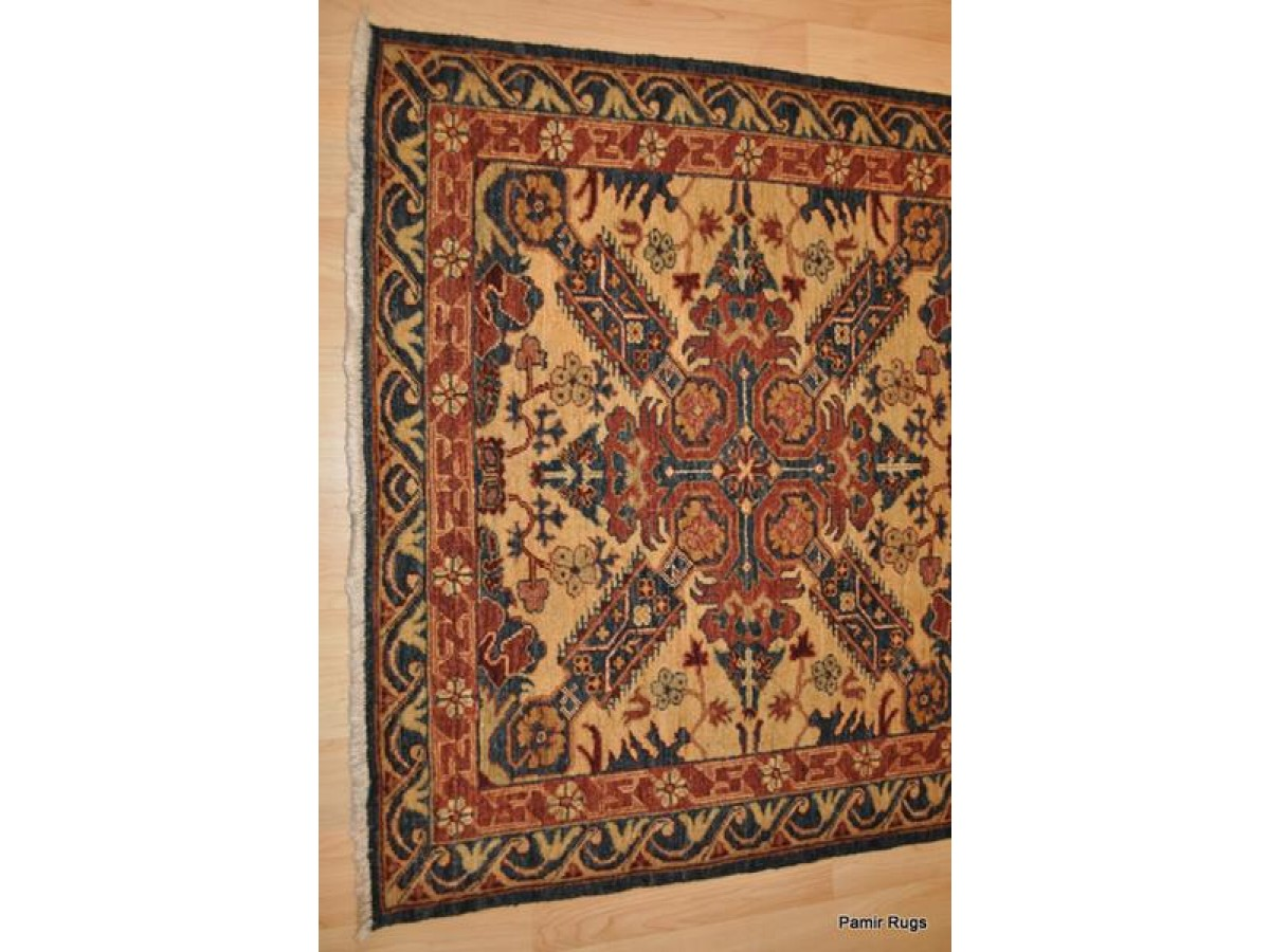 4 Ft Long Handmade Vegetable Dyed Caucasian Design Hand