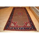5' X 10' Antique Persian Bakhtiar Rug. Heriz rugs
