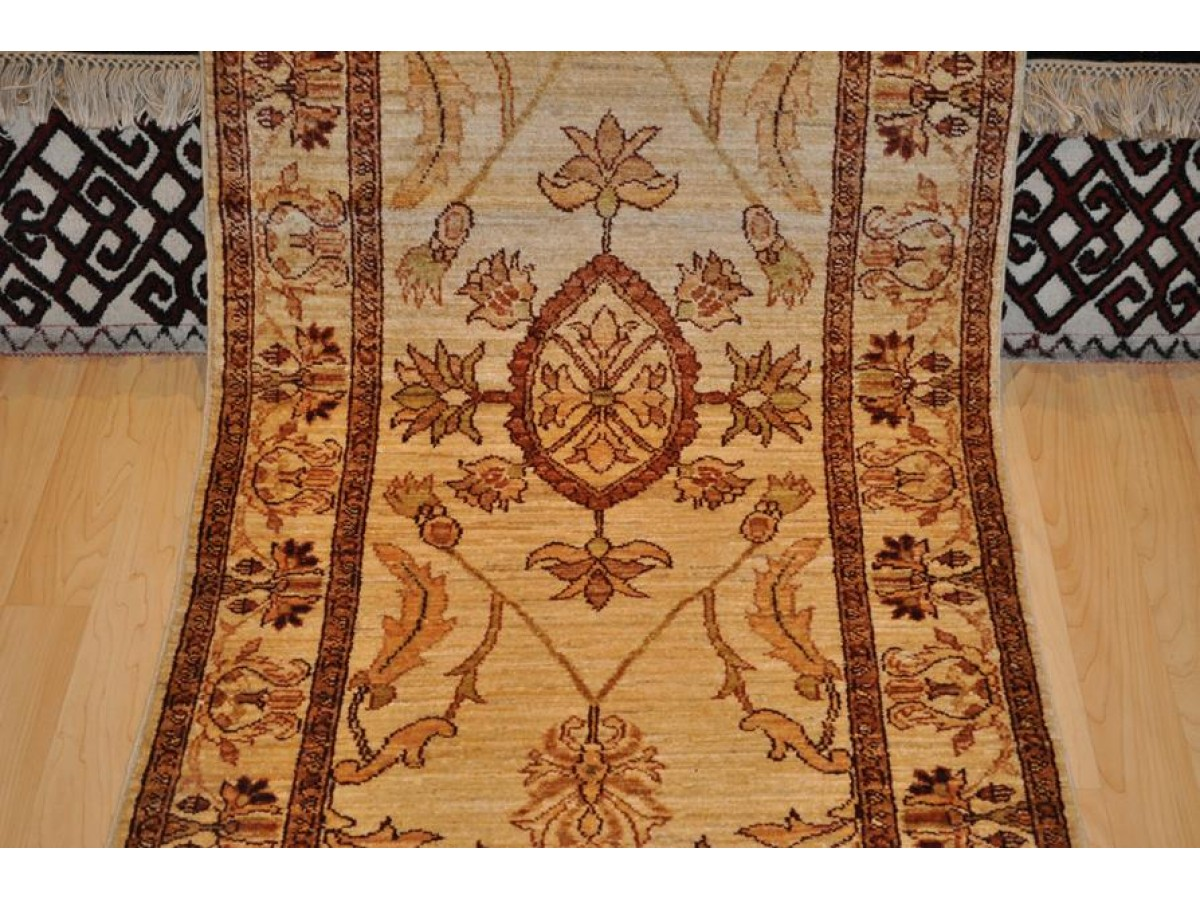Fine Handmade Rug 9 Long Ivory Beige Color With Gold And