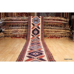 18 Ft. Long Hall Runner. Persian Heriz Handmade Knotted Rug