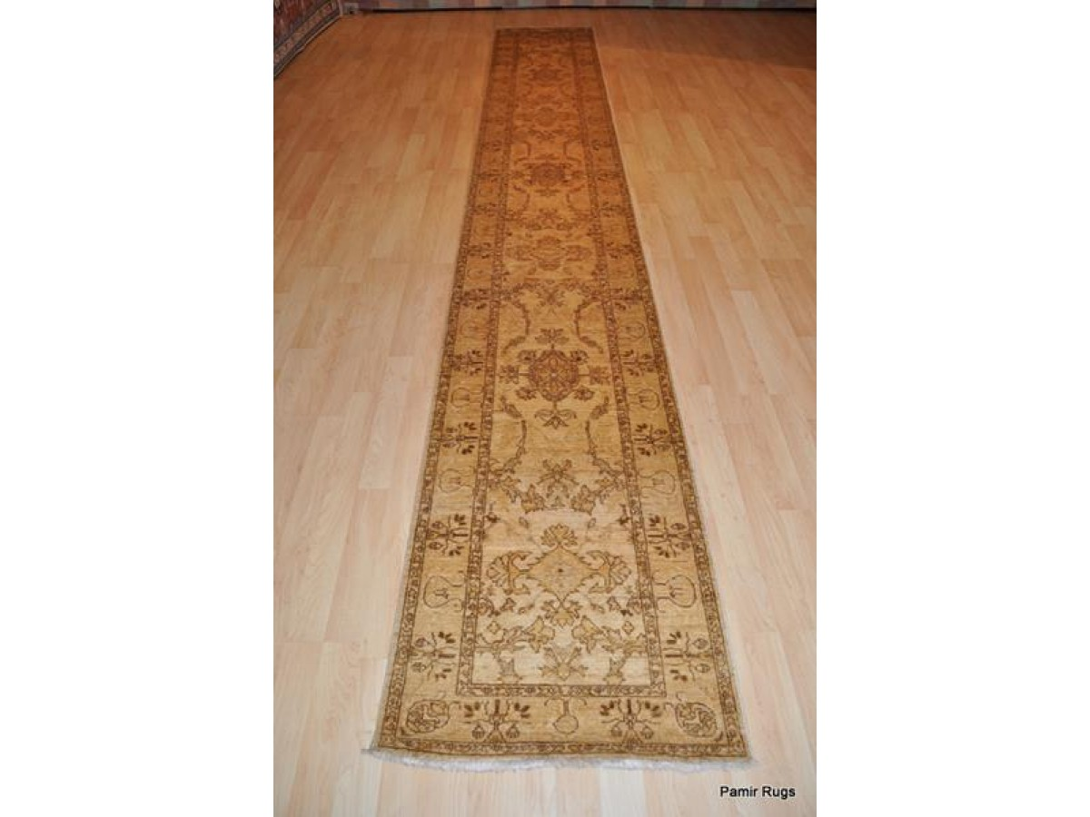 Muted Softy Color Goldish Agra Rug Made Out Of Vegetable