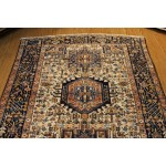 Vintage Persian Heriz Design 5' x 7' Handmade hand knotted