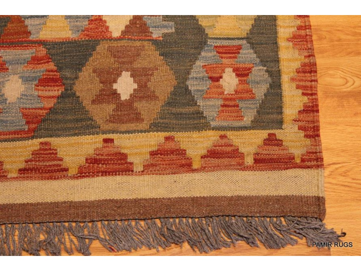 Hand Woven Kilim Rug Made Out Of 100 Natural Wool Diamond