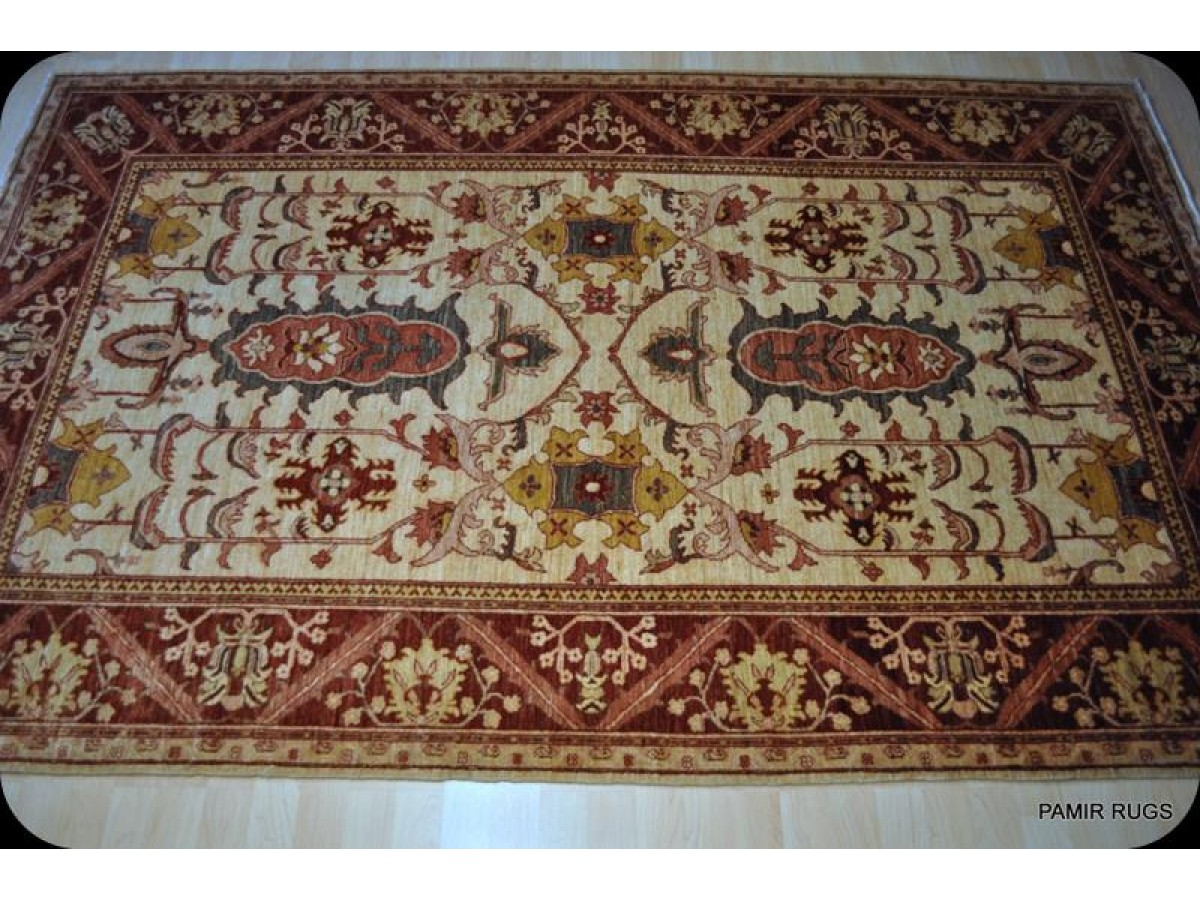 New Persian Heriz Rug Top Quality Fine Weave Vegetable Dyed