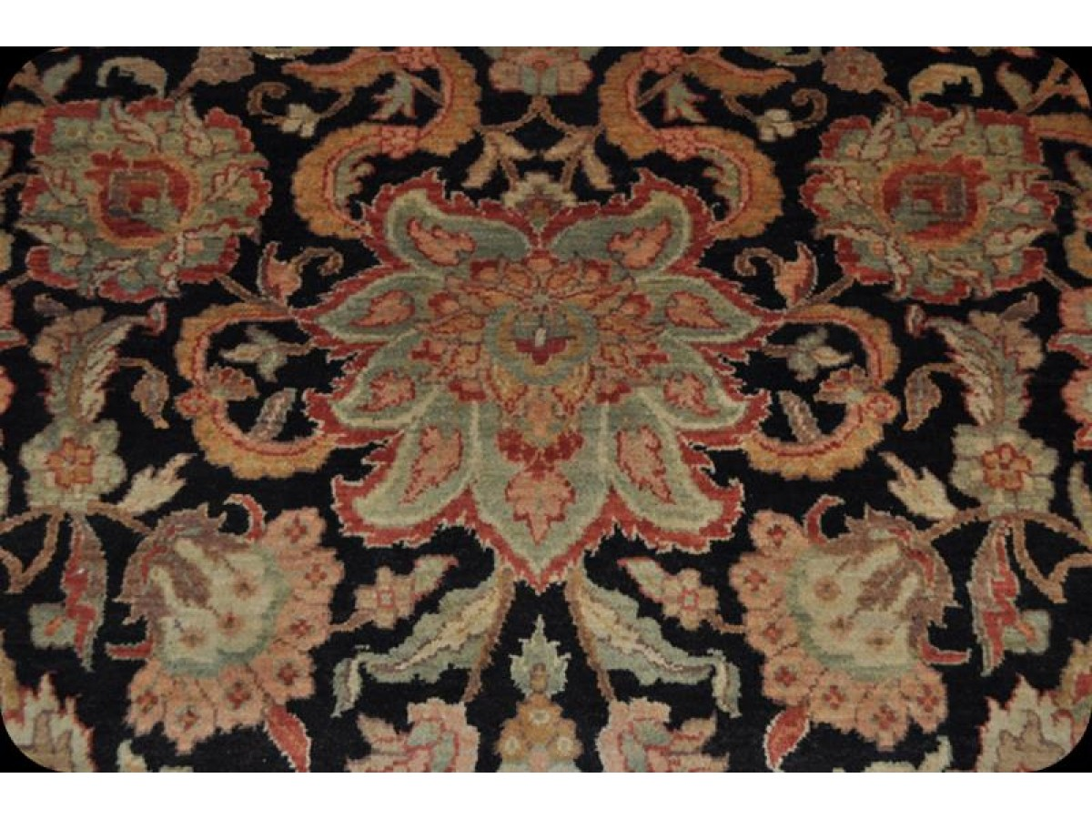 Fine Quality Hand Woven Black Background Rug 8 X 10