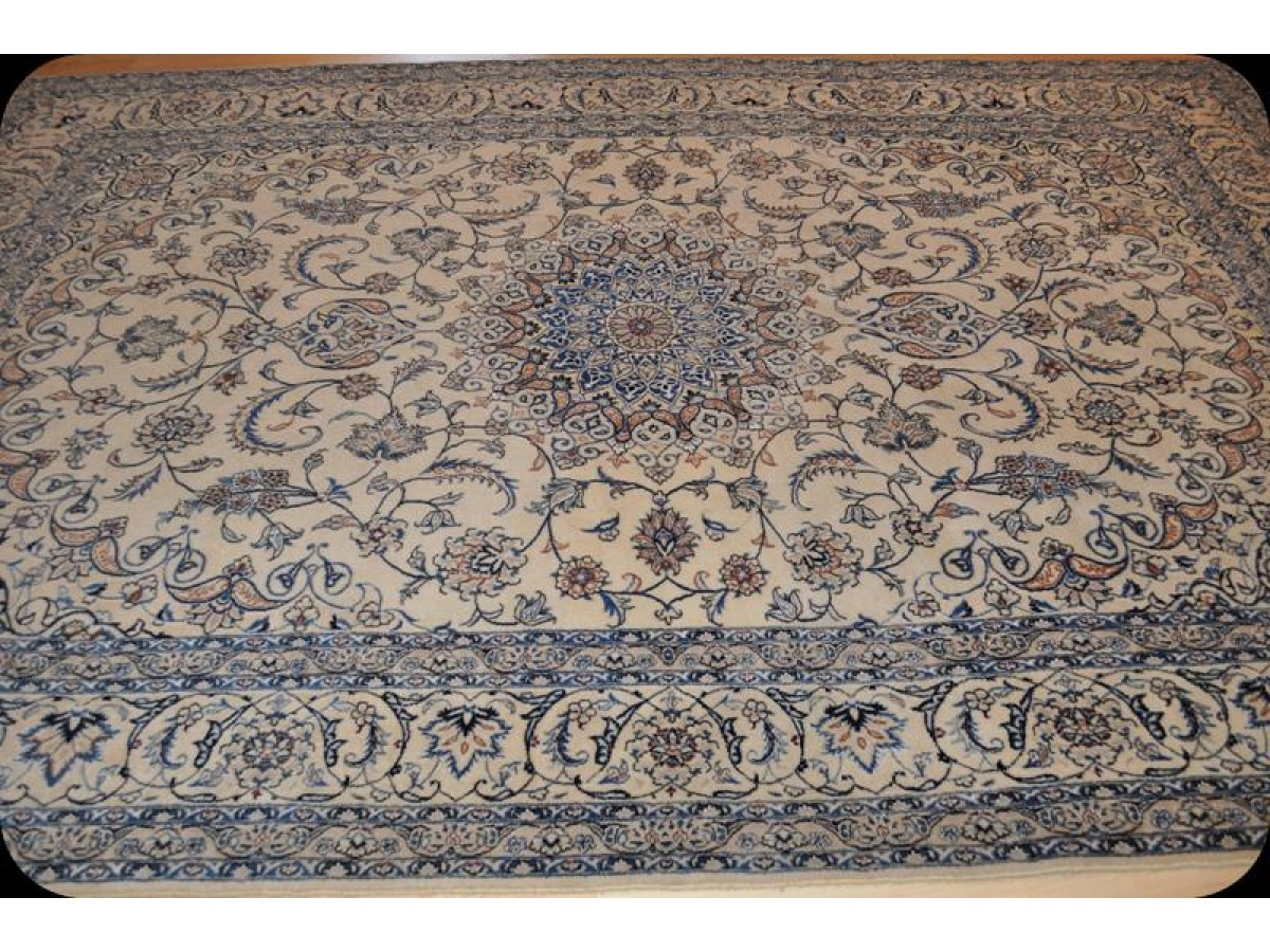 Elegant Beige Amp Blue Finely Woven Handmade Persian New Rug