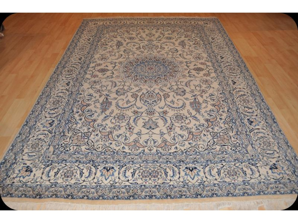 Large Fine Quality Handmade Nain Rug Made Out Of 100
