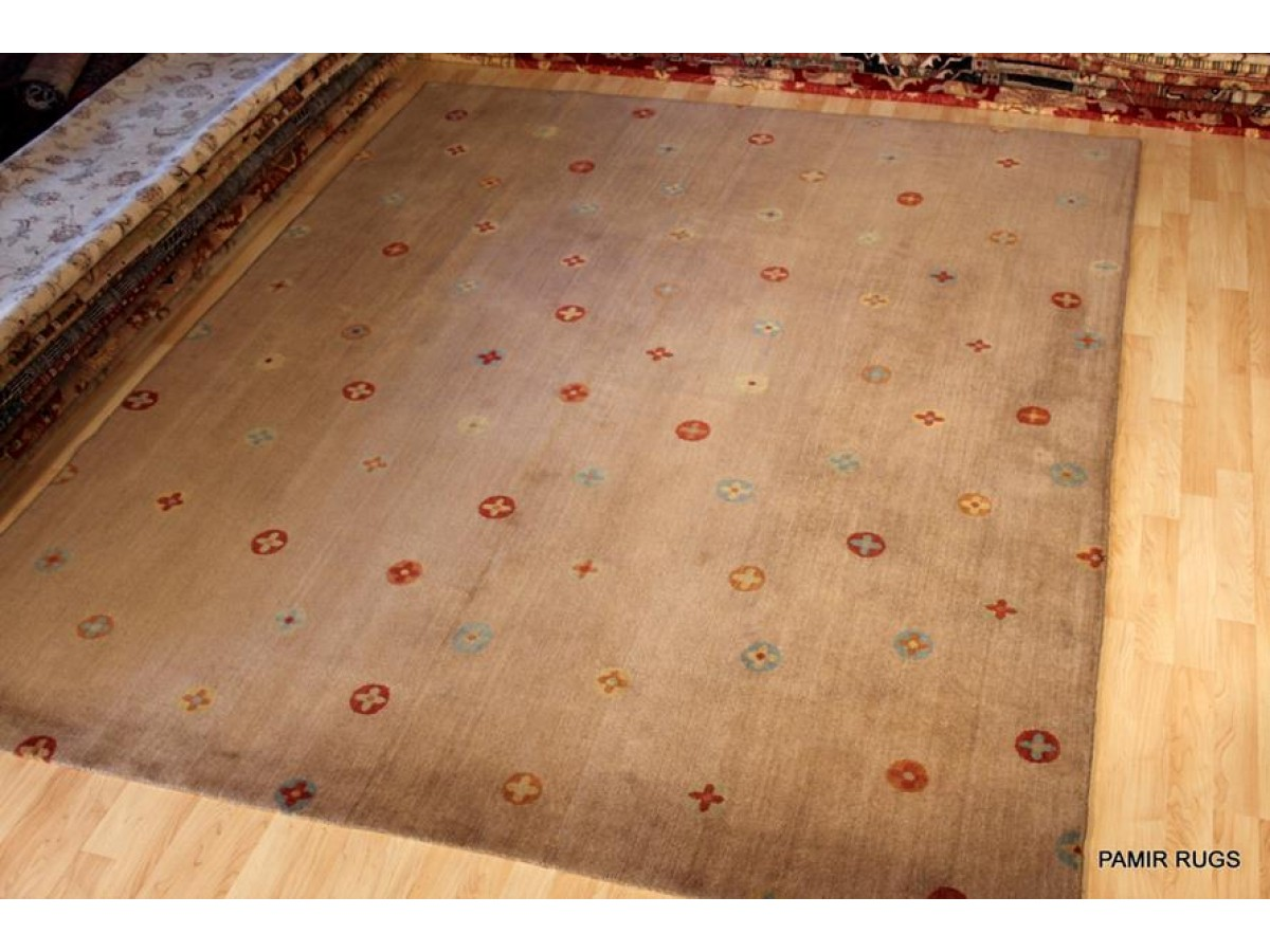 diamond area contemporary rugs cream brown shape living under modern dp by amazon for com large black room clearance rug