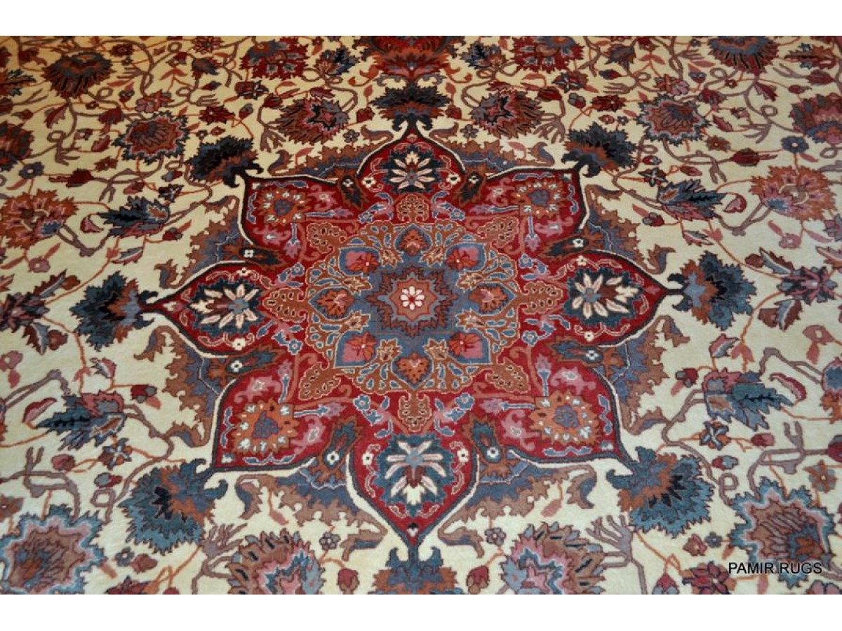 on sale for 1450 hanmdade 9 39 x 12 39 hand knotted persian design wool area rug light color 831. Black Bedroom Furniture Sets. Home Design Ideas